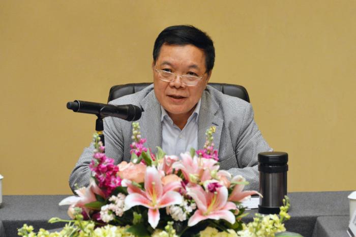 建艺集团,建艺控股董事会主席刘海云发表讲话